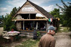 Hol érdemes enni a Káli-medencében? Hungary, Cabin, House Styles, Home Decor, Decoration Home, Room Decor, Cottage, Interior Decorating, Cottages