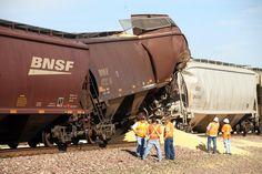 BNSF TRAIN WRECK - GRAIN CAR