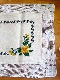 1 million+ Stunning Free Images to Use Anywhere Free To Use Images, Crochet Tablecloth, Filet Crochet, Fun Projects, Needlework, Crochet Patterns, Shabby Chic, Cross Stitch, Diy Crafts