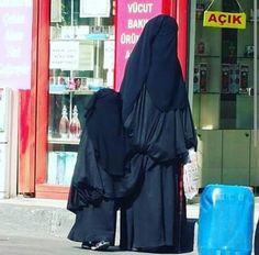 Ummi and Daughter Niqabis