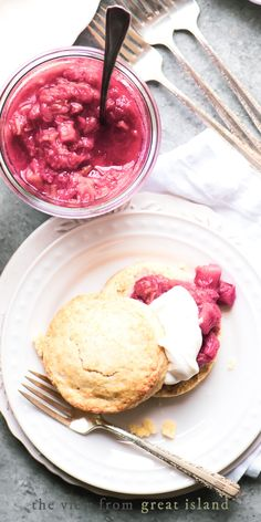 Rhubarb Shortcake ~ the combination of flaky pastry, juicy tart fruit, and sweet cream is unbeatable. One taste of this easy and elegant spring dessert and you'll never settle for strawberry shortcake again! #easter #spring #mothersday #dessert Rhubarb Dishes, Rhubarb Scones, Freeze Rhubarb, Rhubarb Compote, Rhubarb Recipes, Shortcake Recipe, Strawberry Shortcake, Vanilla Bean Scones
