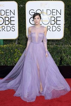 Best Red Carpet Dresses at the Golden Globes 2017 - All of the Golden Globes Dresses Evan Rachel Wood, Red Carpet Looks, Purple Carpet, Red Carpet Dresses, Blake Lively, Celebrity Dresses, Tulle Dress, Red Carpet Fashion, Beautiful Gowns