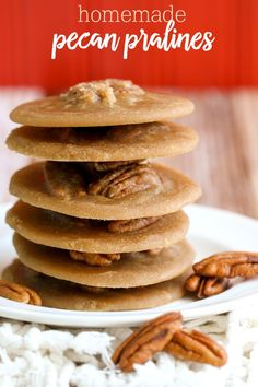 Homemade Pecan Pralines - so easy to make and the taste just like those from New Orleans! Recipe on { lilluna.com } All you need is some brown sugar, sugar, heavy cream, butter, vanilla, and pecans!!
