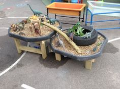 Learning and Exploring Through Play: 44 Tuff Spot Play Ideas Outdoor Play Spaces, Outdoor Areas, Outdoor Fun, Eyfs Outdoor Area Ideas, Outdoor Play Ideas, Reggio Emilia, Tuff Spot, Eyfs Classroom, Outdoor Classroom