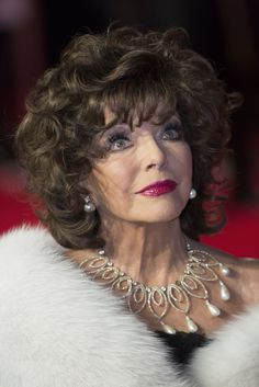 Joan Collins Photos - 'Spectre' Premiere at the Royal Albert Hall, London… British Celebrities, Celebrities Then And Now, Dame Joan Collins, Famous Sisters, Dame Helen, Royal Albert Hall, Glamour, Classic Actresses, Sexy Older Women