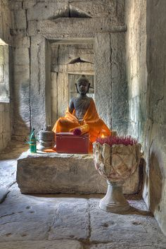 Buddha, Angkor Wat . Cambodia