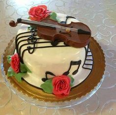 Violin Cake with music notes Music Themed Cakes, Music Cakes, Deco Cupcake, Cupcake Cakes, Unique Cakes, Creative Cakes, Chocolate Meringue Cake Recipe, Cake Chocolate, White Chocolate