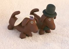 Doxie cake toppers!? Ummmm I just might!