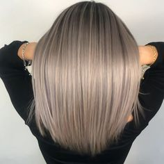 peinados videos Champagne blonde balayage ombré – Tutorial Per Capelli Blonde Balayage Highlights, Balayage Hair, Haircolor, Champagne Blonde Hair, Champagne Hair Color, Brown Blonde Hair, Grey Hair, Ombre Hair Color, Hair Looks