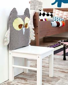 IKEA Hacks for Kids' Rooms: LÄTT chair set updated into a fun owl chair