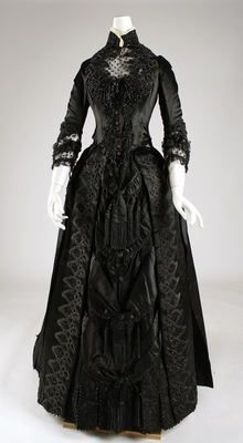 Dress (Front)  1887