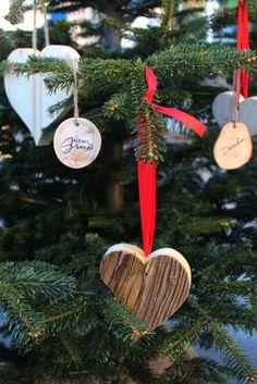Es weihnachtet sehr beim Adventln in St. Kathrein am Offenegg #adventmarkt #naturparkalmenland Advent, Christmas Ornaments, Holiday Decor, Home Decor, Road Trip Destinations, Nature, Christmas, Xmas Ornaments, Homemade Home Decor