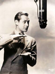 1930 - Robert Montgomery