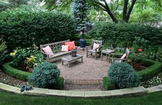 Spring ideas for home landscaping! We found a Kansas City home that has it all for entertaining outside!