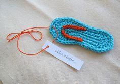 Flip flop ornament or gift topper / flip by SassySudburySisters, $6.00