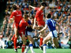 Liverpool v Everton at Wembley in the 1986 FA Cup final.  Mark Lawrenson and Steve Nicol (both Liverpool), Gary Lineker (Everton), Alan Hansen (Liverpool) and Kevin Speedy (Everton).