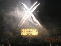 Fireworks to enjoy the night. Prestige Italy - Photogallery - via http://bit.ly/epinner