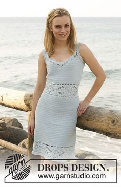 """Crochet DROPS dress in """"Safran"""" with lace pattern and buttons at the back. Size: XS to XXL"""