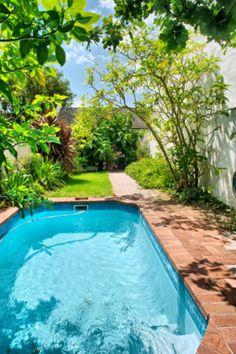 Marvelous Small Pool Design Ideas 1084