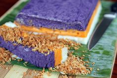 Sapin sapin is a sticky rice cake from the Philippines, it originated in a northern province called Abra. The name came from the word sapin which means sheets or layer, it is also the main characteristic of this rice cake, its vibrant multi coloured layers.