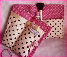 Flormosuras - Porta maquiagem e organizador de bolsa