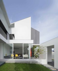 Gallery of White Box / Ayutt and Associates Design - 11