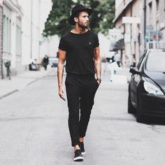 #tshirt #pants #sneakers #hat #black #streetstyle #style #menstyle #manstyle #menswear #fashion #mensfashion