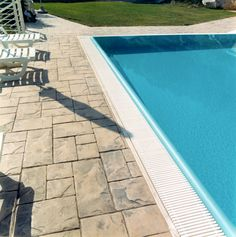 7 Bordo piscina / Ardesia bugnata