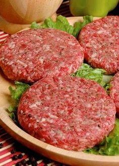 Cómo preparar carne para hamburguesas caseras para vender o para una reunión Burger Recipes, Meat Recipes, Healthy Dinner Recipes, Mexican Food Recipes, Cooking Recipes, Good Food, Yummy Food, Diy Food, Easy Meals