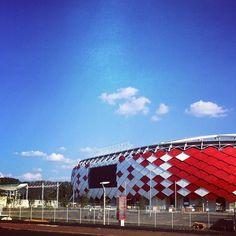 Otkritie Arena | FC Spartak Moscow | facade design | interactive facade | cladding | shingles | armour | stadium design Fc Spartak Moscow, Cladding Systems, Cup Art, Carl Sagan, Dots Design, City Architecture, Facade Design, Fifa World Cup, Construction