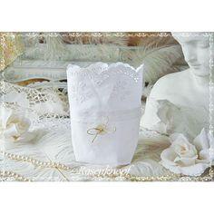 Romantische Lichtbeutel aus altem Wäscheleinen gefertigt. und mit Vintage Spitze verziert. - 12,50€
