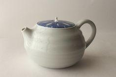 Tea ware design: ceramic tea pot  #teawaredesign #teadaw