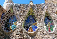 Santa Coloma de Cervelló - Claudi Güell 03   Cripta de la Co…   Flickr