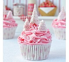 Pink Wintery Cupcakes :)