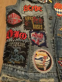 My Battle Jacket in Progress Guns N Roses, Punk Outfits, Mode Outfits, Heavy Metal Fashion, Band Jacket, Band Patches, Punk Jackets, Denim Jacket Patches, Battle Jacket