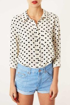 White Lapel Long Sleeve Heart Print Blouse