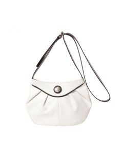 Description  Vicosta medium bag with zipper and adjustable shoulder of 58 centimeters. Metal parts in silver. Two small inside pockets, one zipped and one flat for the mobile. Interior made of cloth. Wear it across.    MEASURES (H x W x depths in cm):    18 x 28 x 4       COMPOSITION    100% Bovine