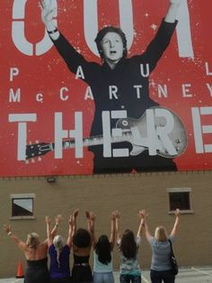 Fans, press rave about Paul McCartney show in Indianapolis