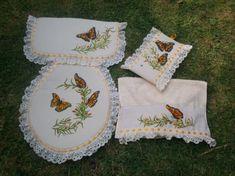Toilet seat cover Butterflies. Juego de baño de venta en Artesanum!