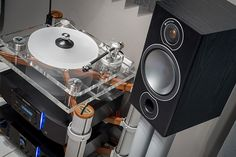 Learn everything analog audio related, including news and products reviews. Also become part of our audio passionate community.