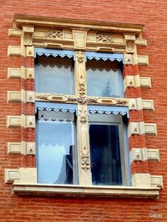 Toulouse - jolie fenêtre!