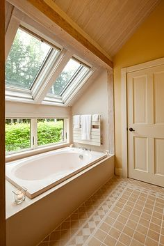 Master Bath by Yankee Barn Homes, via Flickr