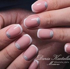 So do you have a summer party and what your nails to look great? This nude and white nail art combination are simply perfect. You can also add glitter paint on the cuticles to make it stand out even more.