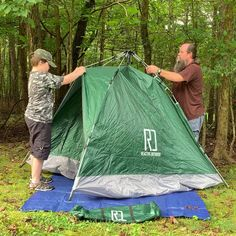 Instant Pop Up Camping Tent Family 2-4 Person Auto Tent Waterproof – Reactive Outdoor Pop Up Camping Tent, Best Tents For Camping, Backyard Camping, Cool Tents, Pickup Camping, Backyard Hammock, Camping Items, Camping List, Camping Checklist