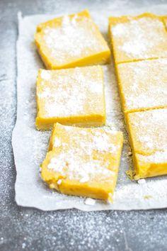 Creamy, custardy, tropical Mango Lemon Bars = chilled with a glass of ice-cold milk www.curriedcantaloupe.com