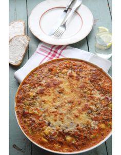 Kesäkurpitsalaatikko   Maku Veggie Recipes, Beef Recipes, Vegetarian Recipes, Cooking Recipes, I Love Food, Good Food, Salty Foods, Pizza, Easy Cooking