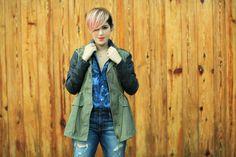 Military jacket, American eagle, jeans, trend, 2014, blogger, fashion, denim shirt, pink hair, wood
