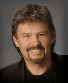The Alabama Band :: About Jeff Cook - Famous Alabama Native Musician & Vocalist