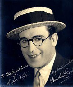 Harold Lloyd, Nebraska, Beverly Hills, Silent Comedy, Comedy Films, Film Director, Screenwriting, American Actors, Stunts