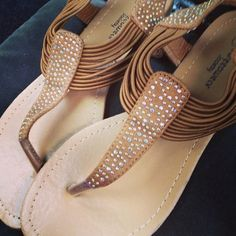Thong Sandals with sparkle